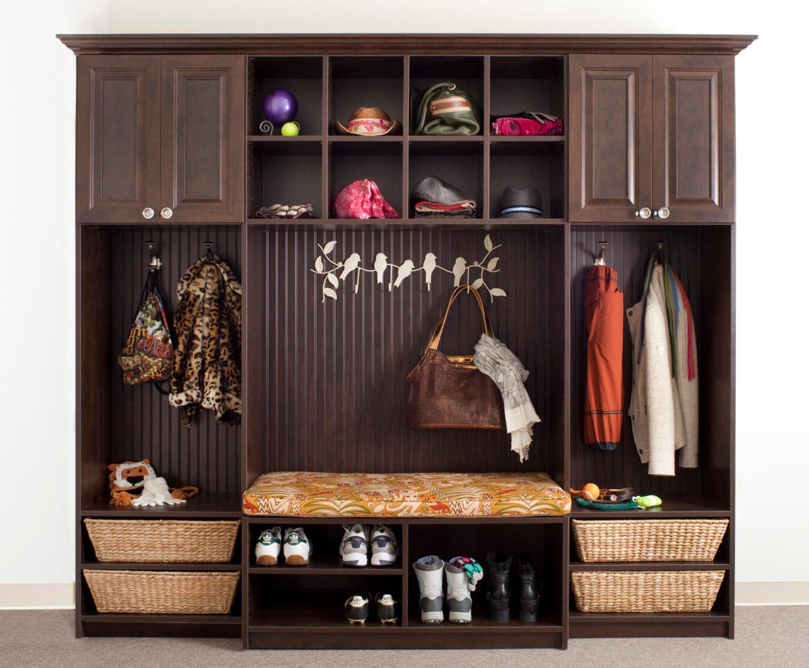 Organized Mudroom and Entryway System