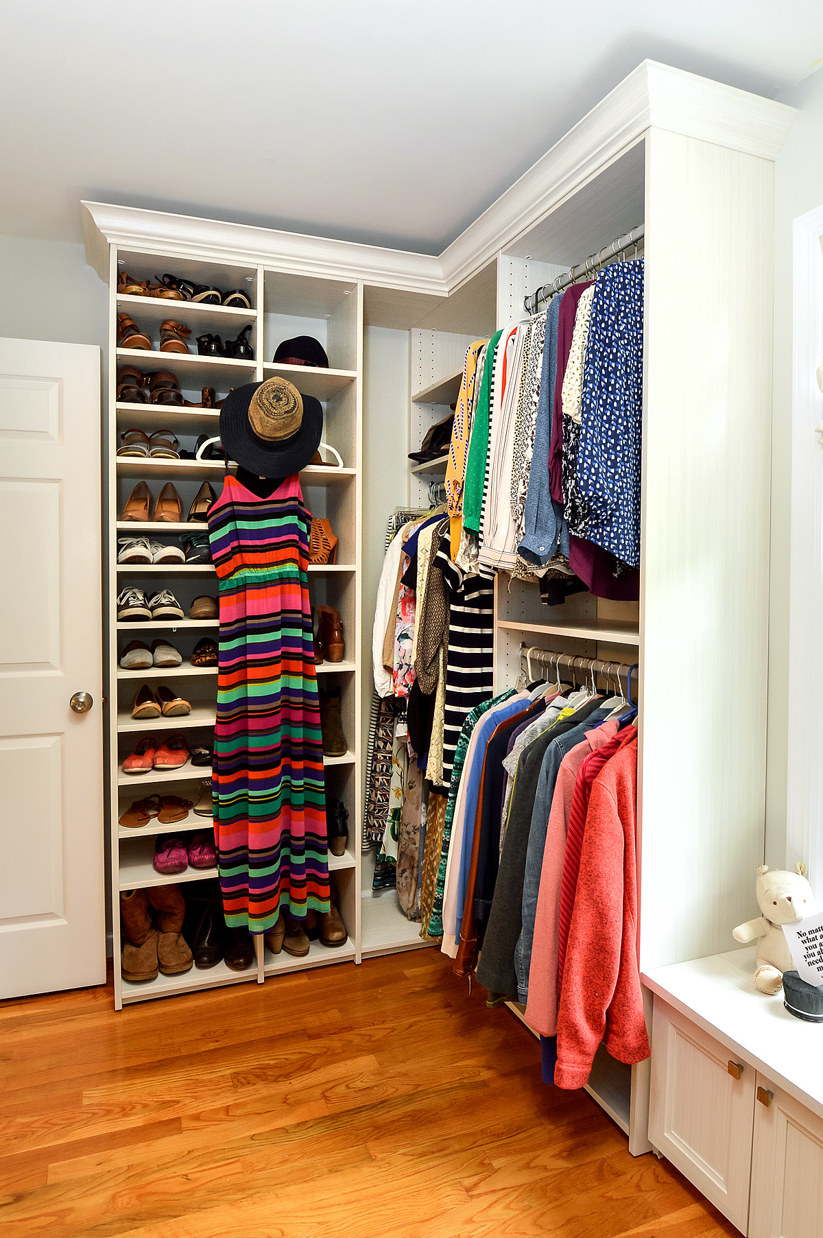 Closet maximizing storage with double hanging