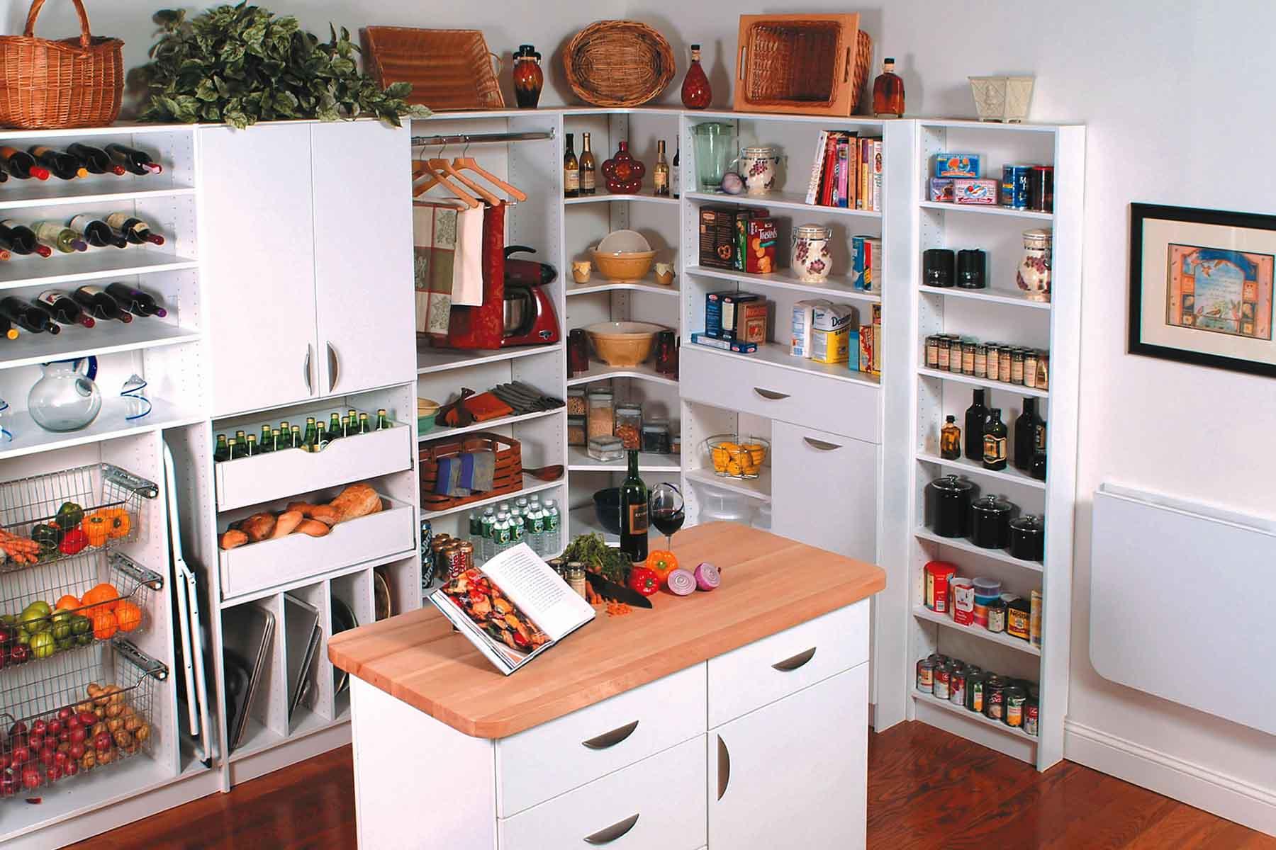 Featured Design: Custom Walk-In Pantry