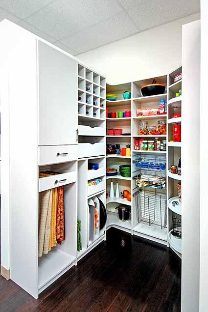Custom kitchen pantry design
