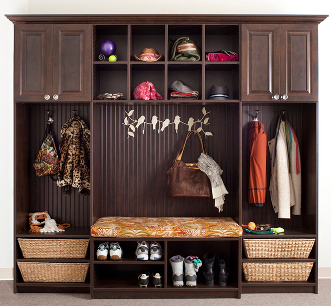 Mudroom with cubbies and bench