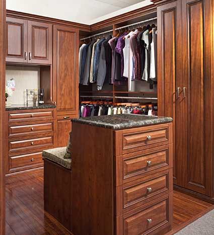 Walk-in wardrobe with center island seat combo