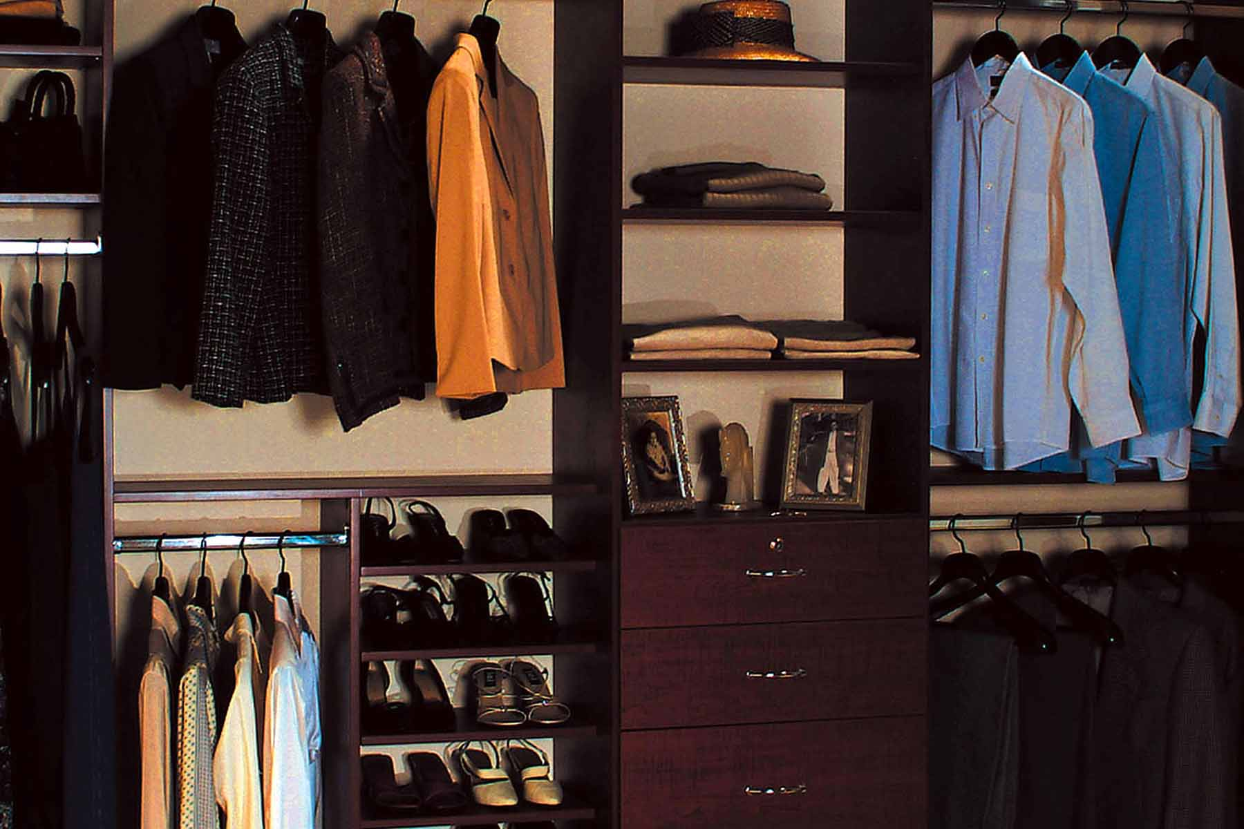 Traditional style reach in closet