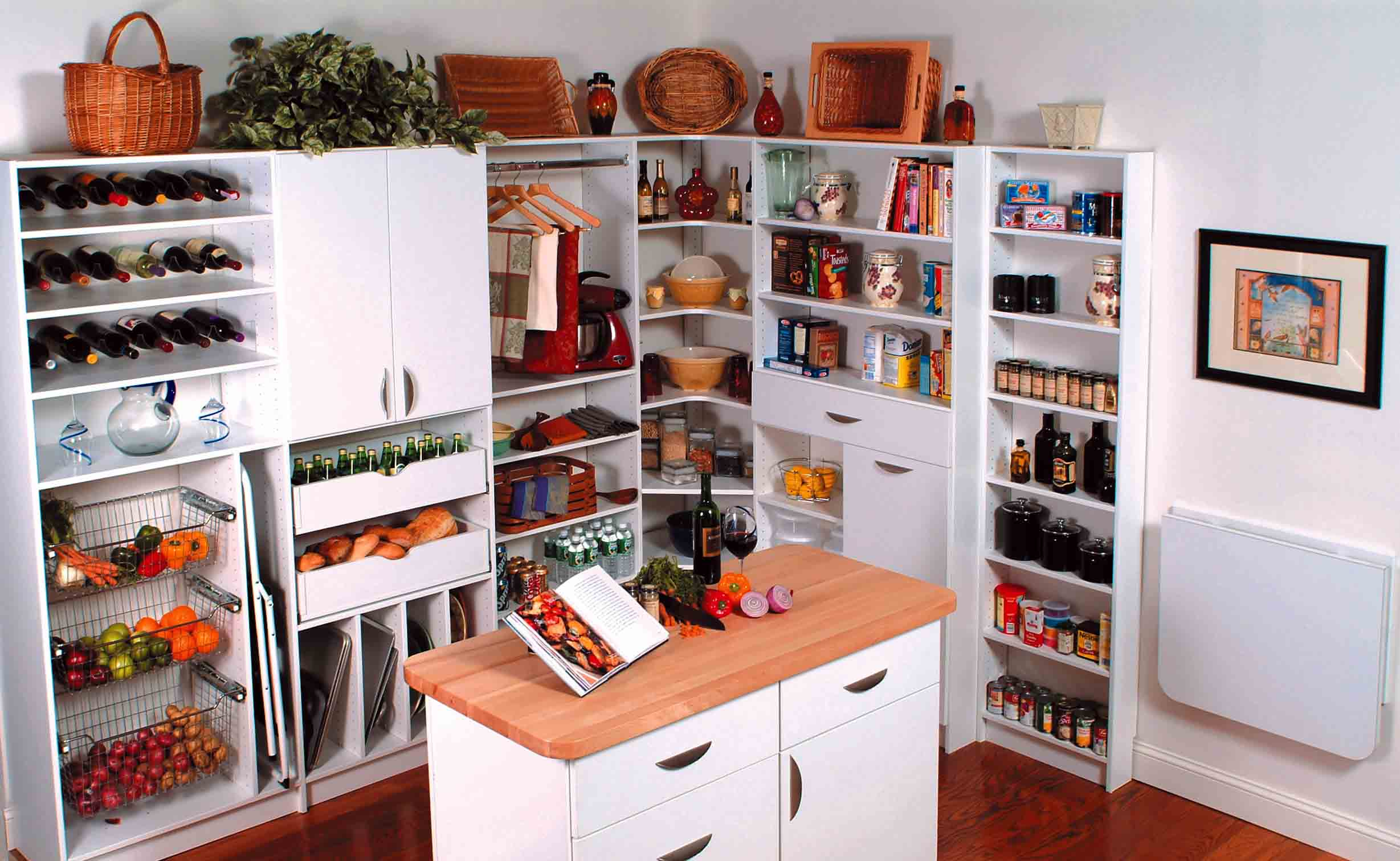 5 Strategies to Keep Your Pantry Organized Once & For All