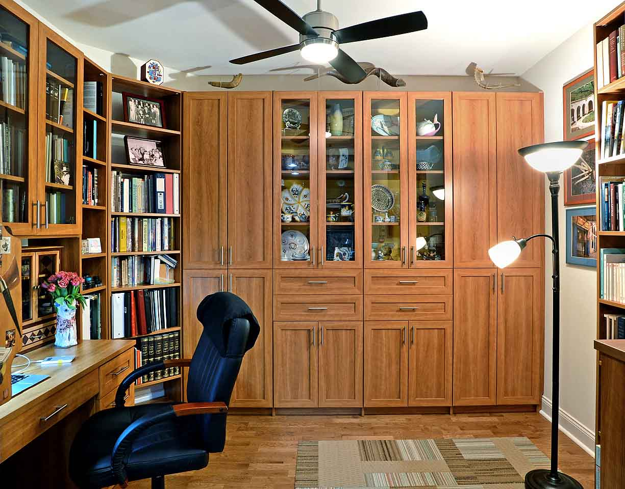 Is Your Home Office a Mess? Here's How to Get Organized