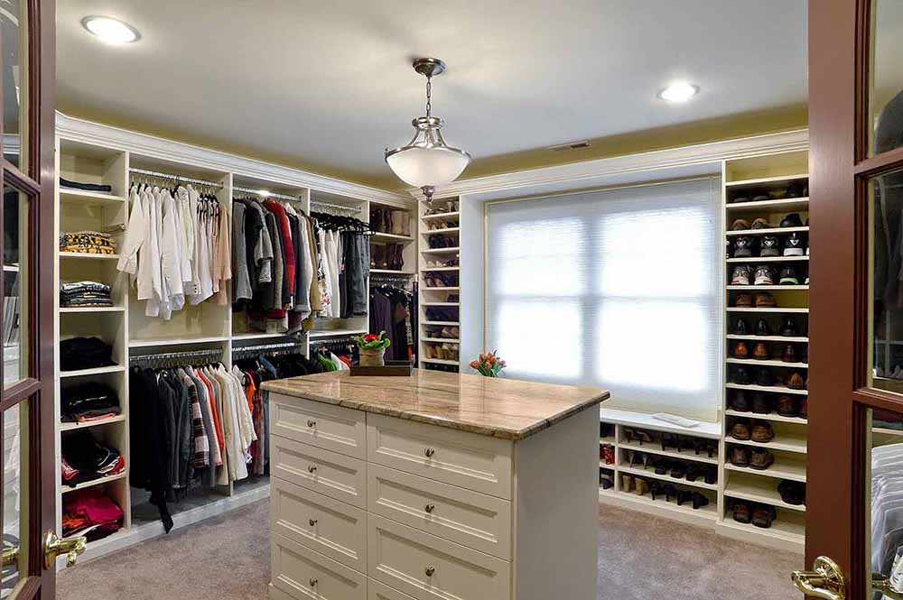 Custom closet system and orgnizer