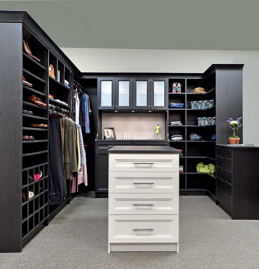 Closet Cabinetry Customized For Your Special Project
