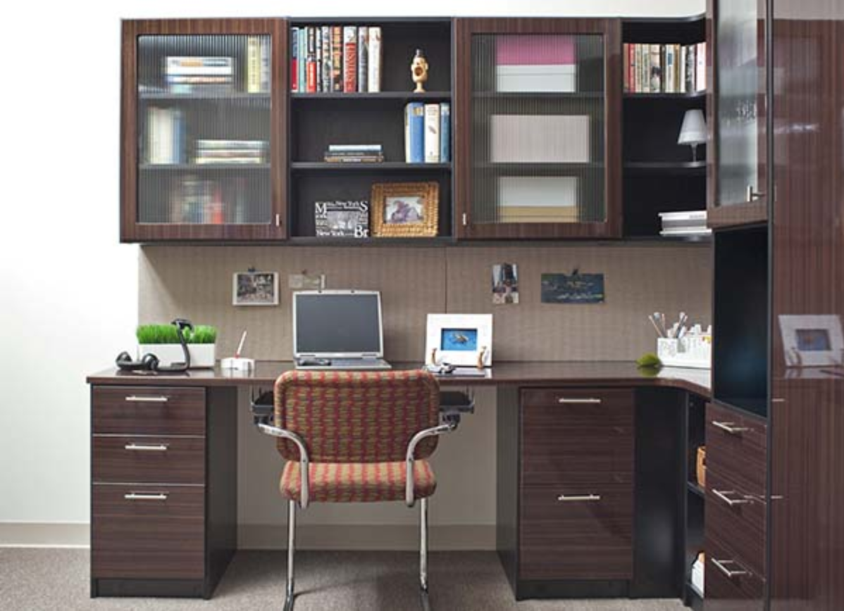 Combination home office and murphy bed