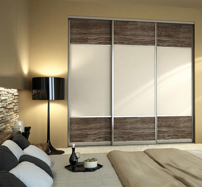 Sliding doors on bedroom closet