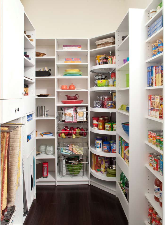 Organized pantry with functional space