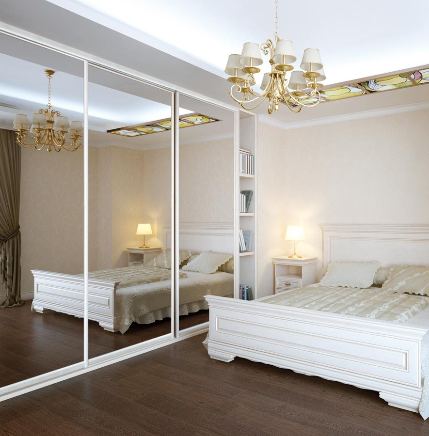 Beautiful and elegant mirrored sliding doors on bedroom closet