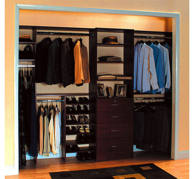 Men's Reach-In Closet Design