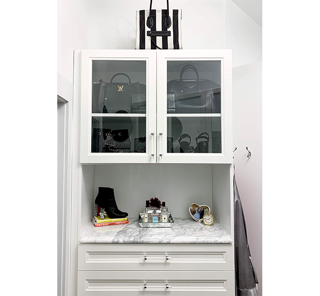 Additional walk in closet cabinet