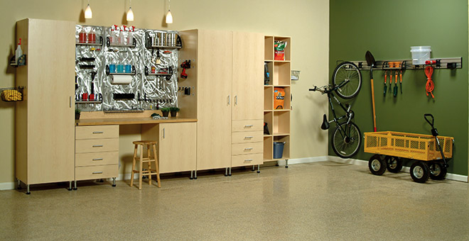 Organized garage system with cabinets