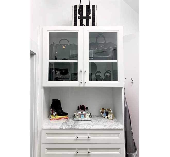 Additional walk in closet cabinet