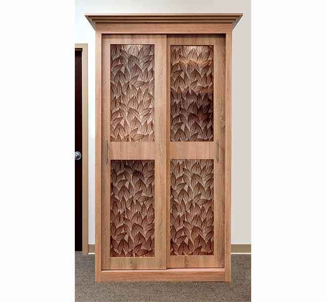 Beautiful custom glass inserts on wardrobe sliding door