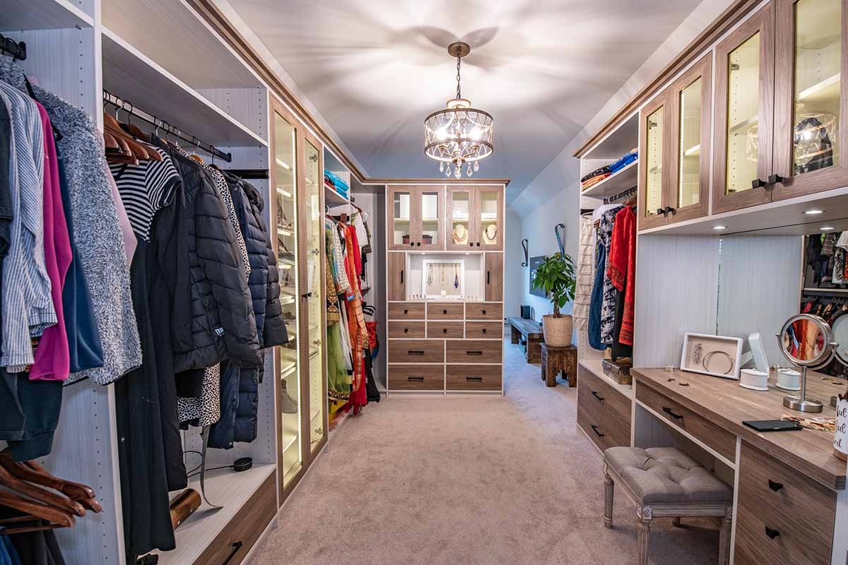 Custom Closet built by company serving Southern New Jersey