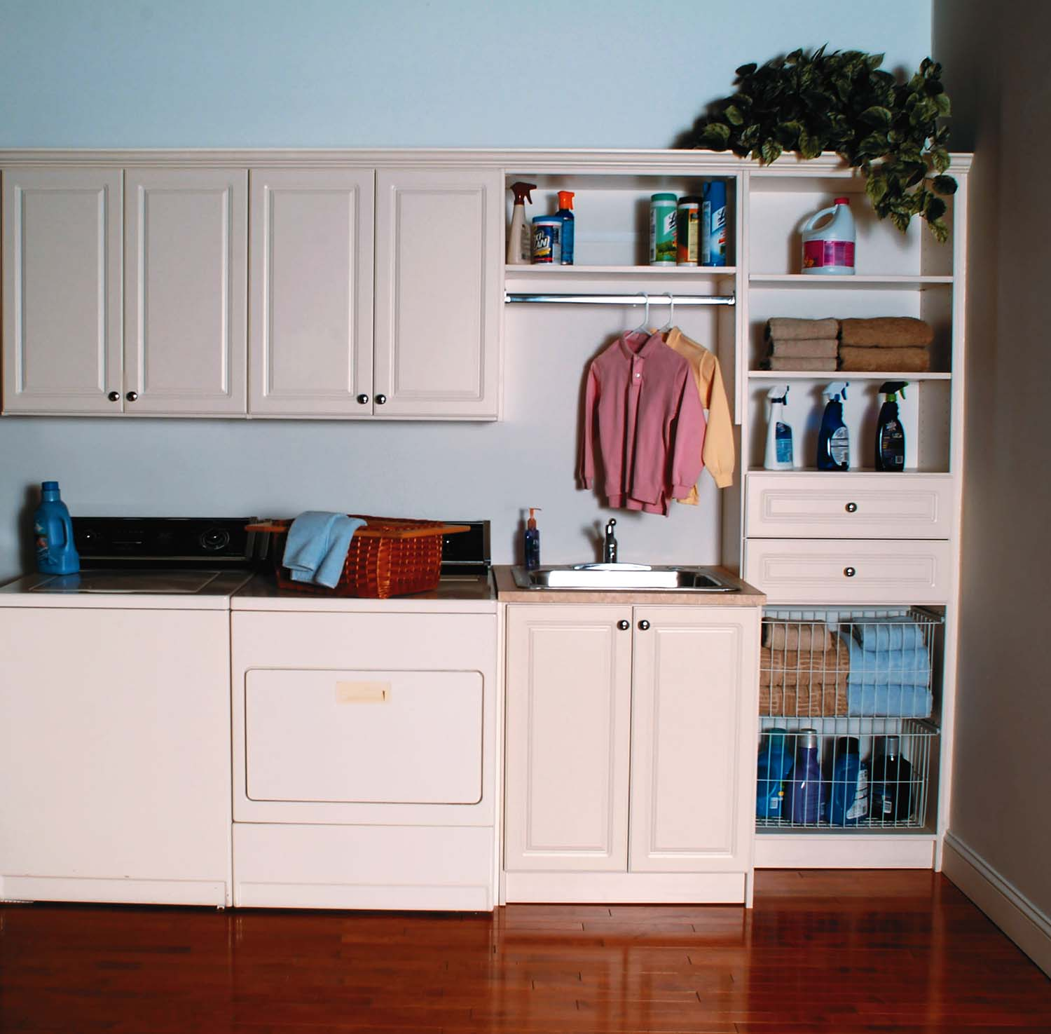 3 Functional & Aesthetically Pleasing Laundry Room Ideas