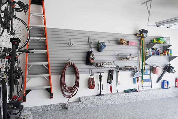 Garage organized with tools in cabinets