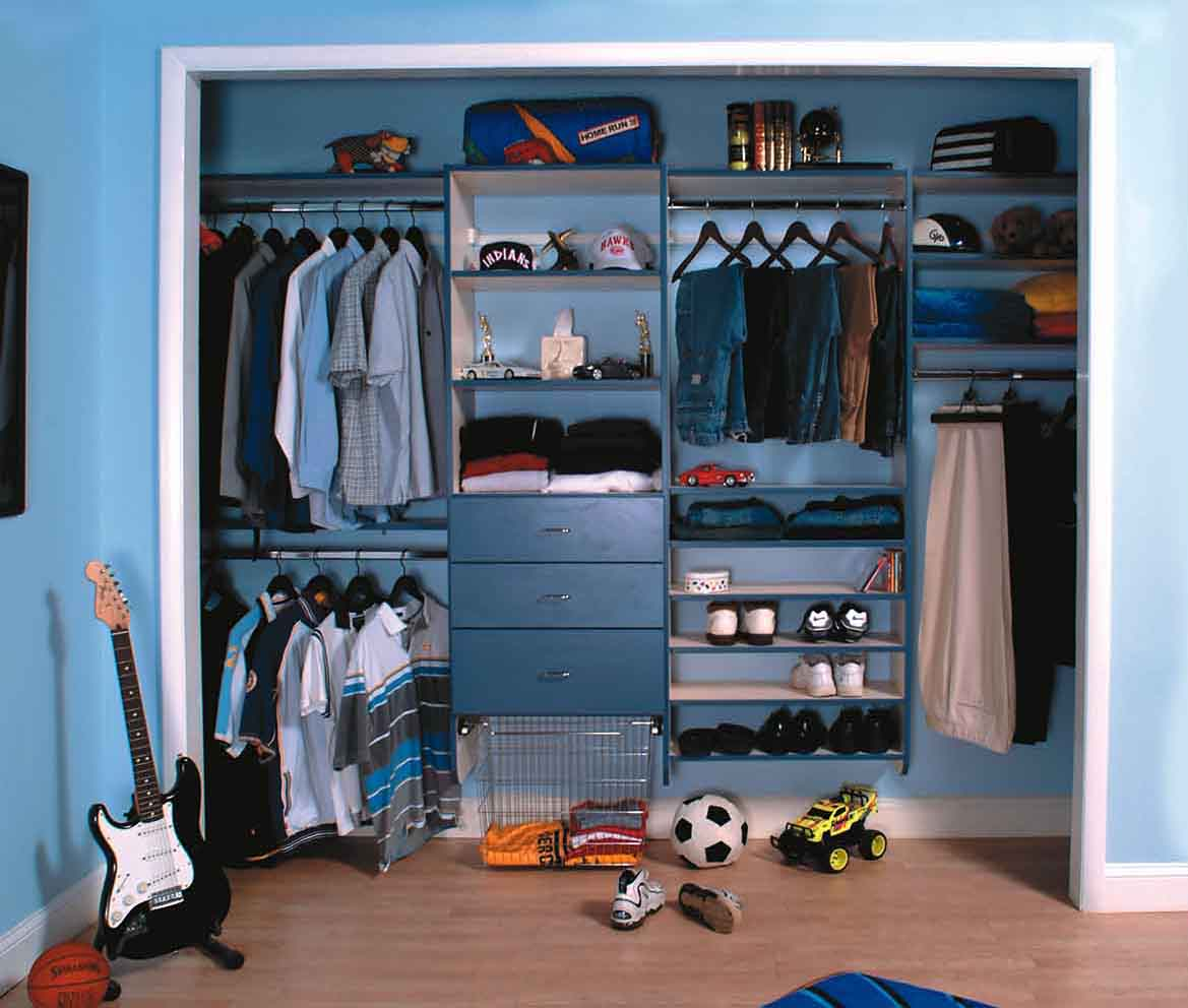 Designing Your Custom Reach In Closet