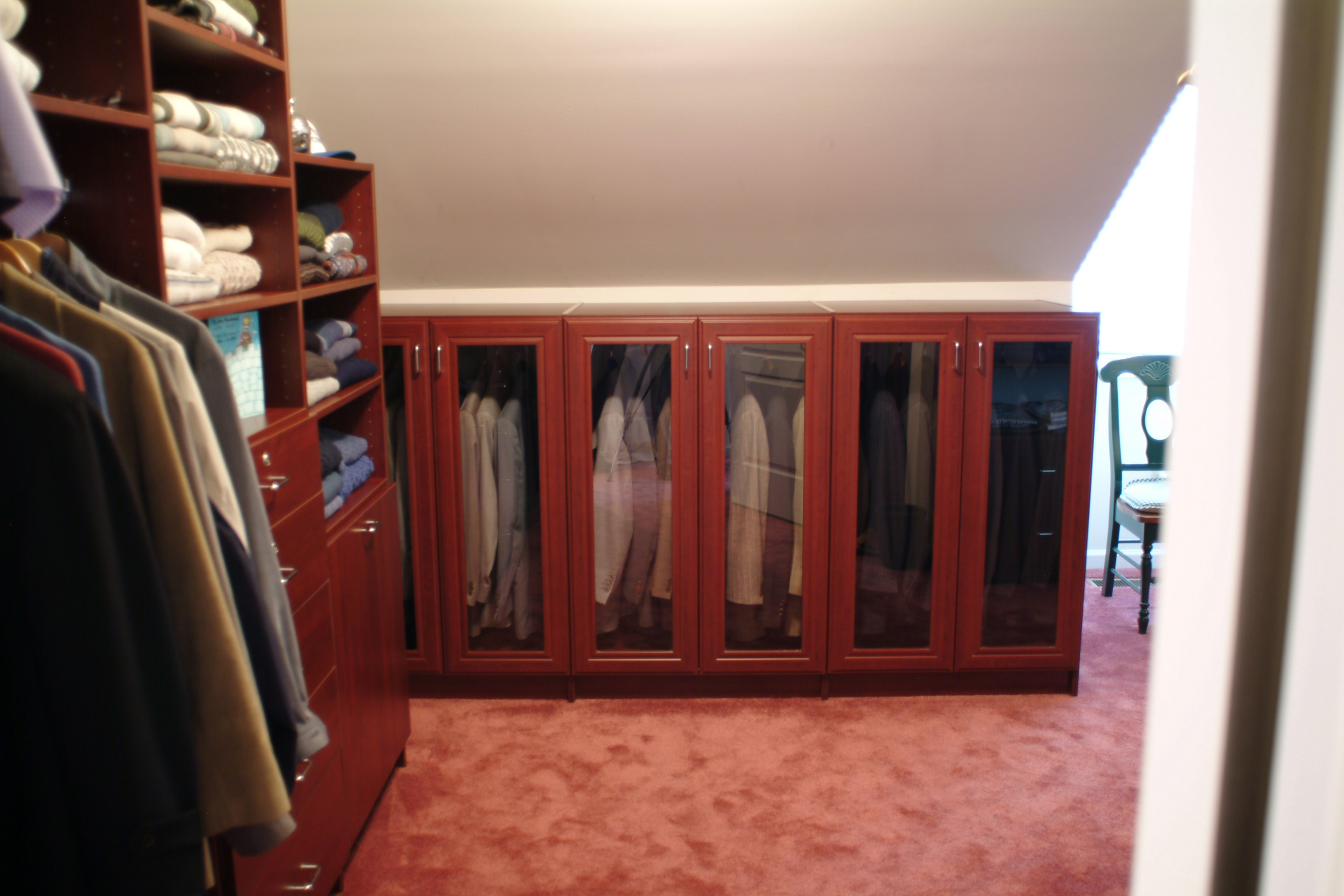 Unique closet organizer for angles space and ceiling